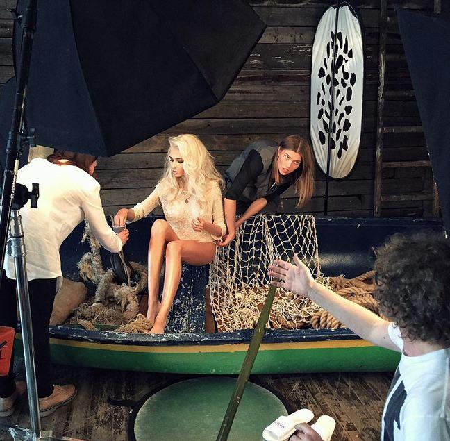 Экс-возлюбленная Тимати Алена Шишкова разделась для свежей фотосессии