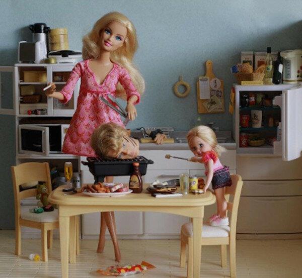 12 полезных уроков маньячного домоводства от куклы Барби - необычное, OMG-WTF