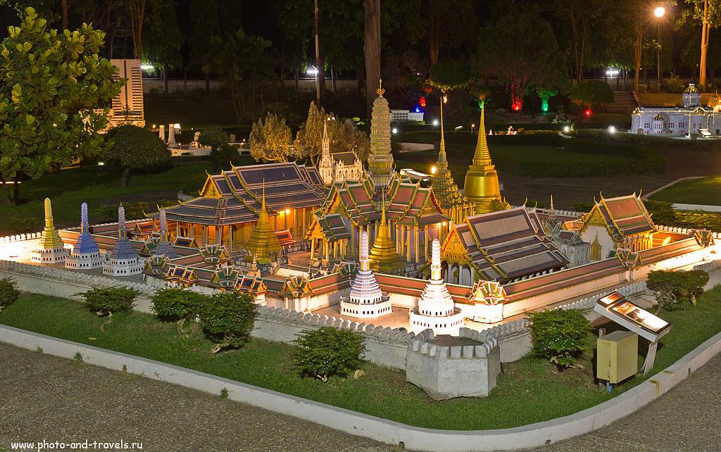29. Королевский дворец и храмовый комплекс Wat Phra Kaeo. Оригинал находится в 150 км от Паттайи - в Бангкоке. Советы туристам, собирающимся на отдых в Таиланд.