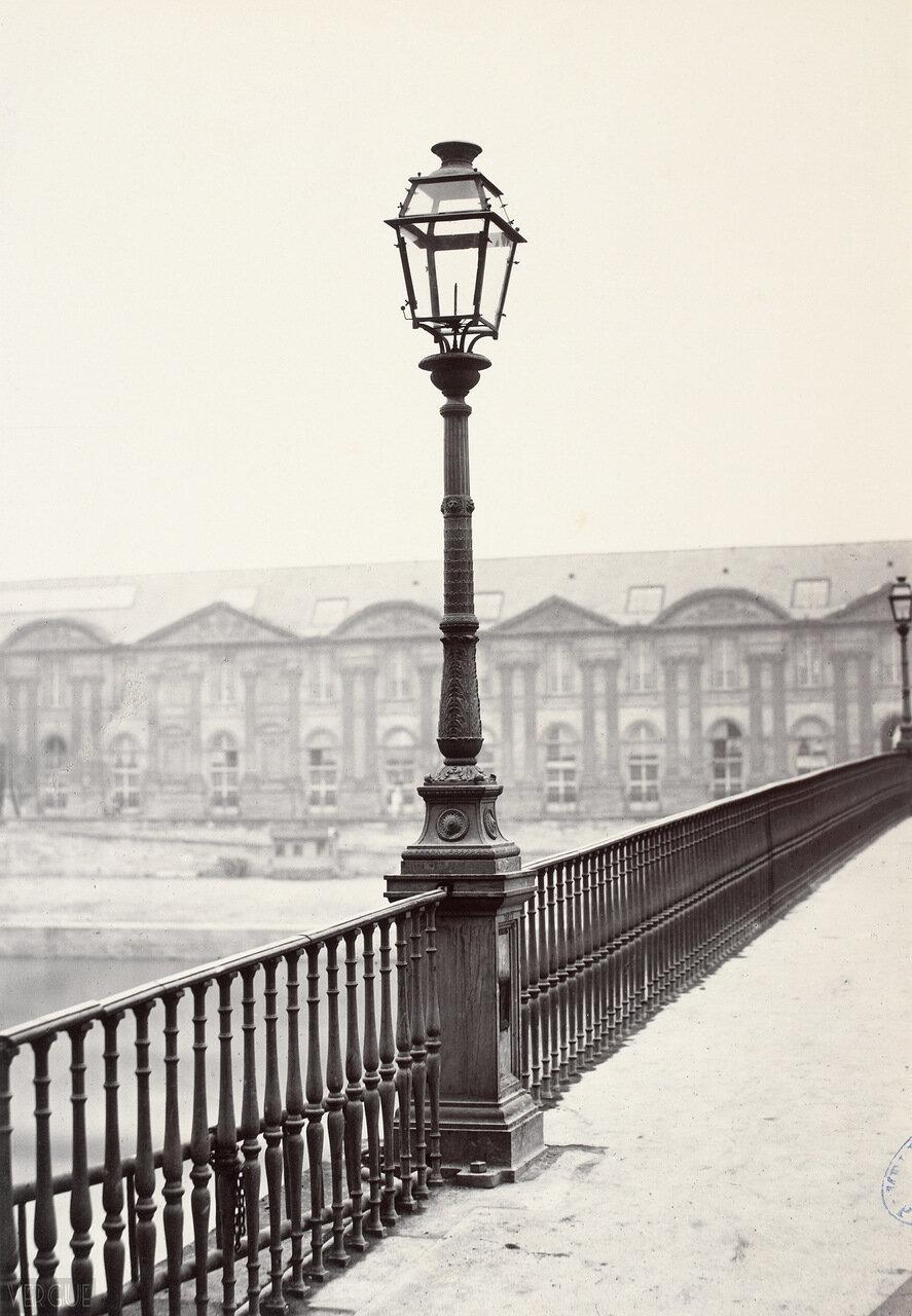 Газовый фонарь на Пон-дю-Карусель. 1860