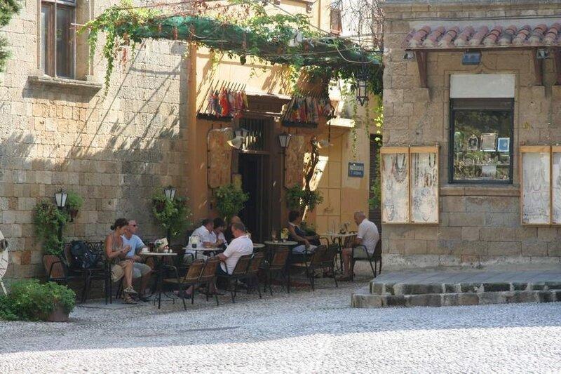 Уличный ресторан