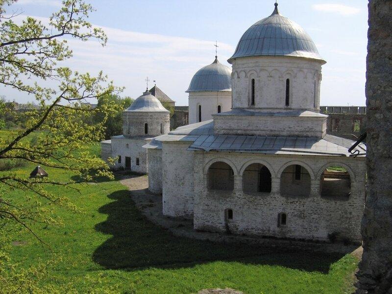 Церкви Успения Пресвятой Богородицы и Николая Чудотворца в Ивангороде