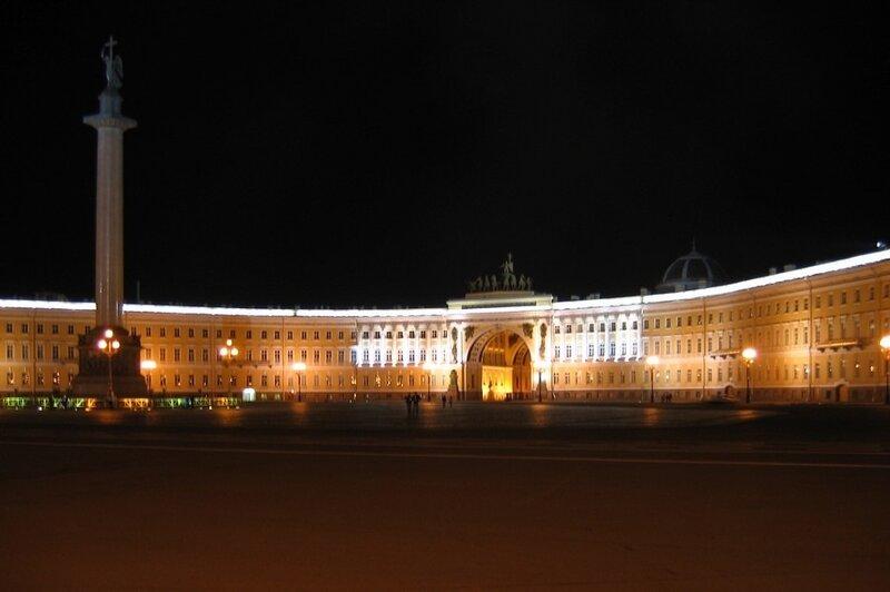 Ночная Дворцовая площадь