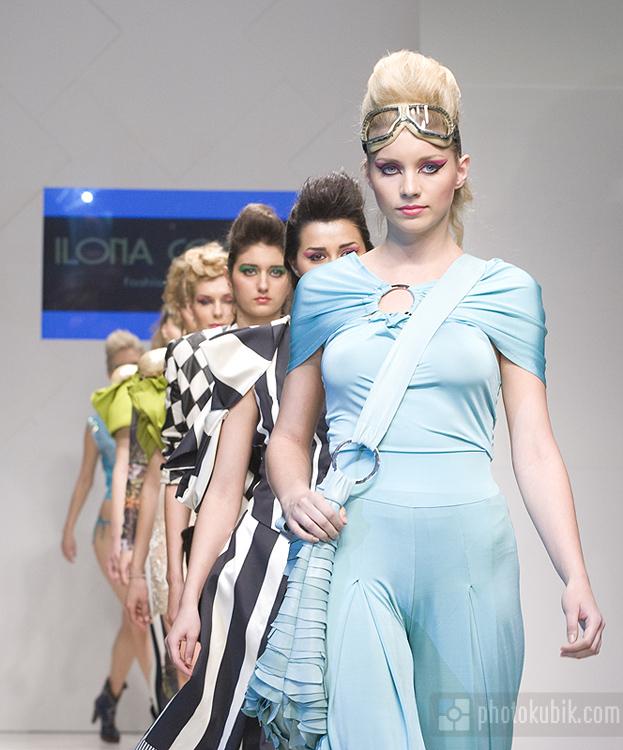 фоторепортаж модели мода fashion  Неделя моды Defile! in Kiev, весна 2010.