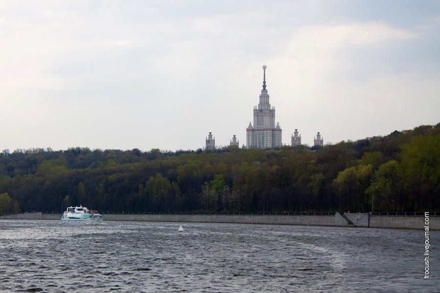 Главное здание Московского государственного университета им. М.В.Ломоносова