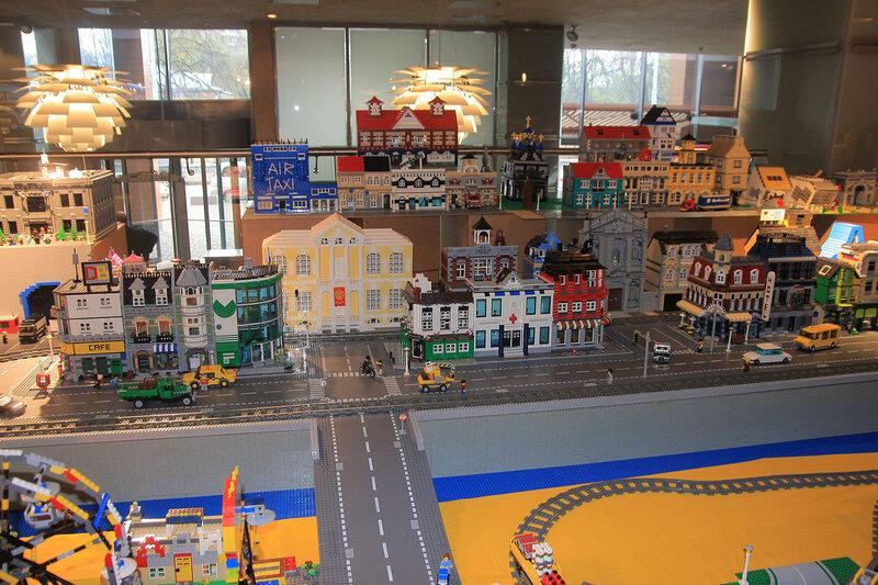 Искусство Лего  знаменитая выставка в ЦДХ