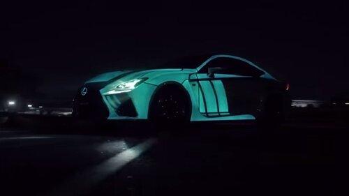 Светящийся автомобиль в такт биения сердца
