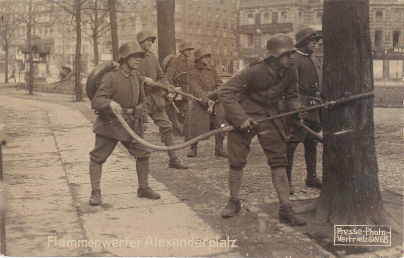 Soldaten der Konterrevolution Berlin-Alexanderplatz März 1919