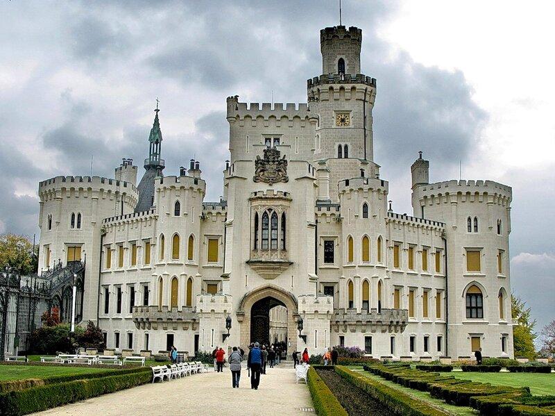 Замок был основан в середине