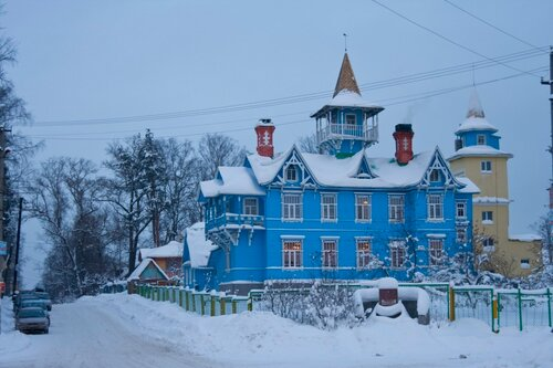Дом братца И. Чурикова