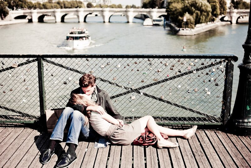 pont artistes lovers kiss photos by Yanidel