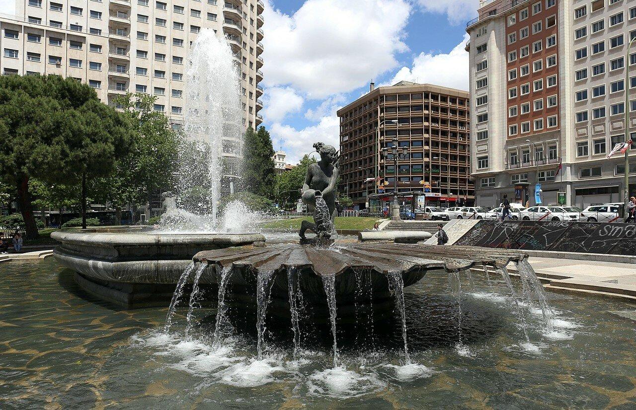 Мадрид. Площадь Испании. Фонтан