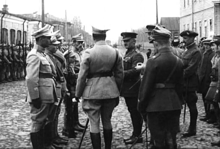 arkhangelsk_1919_pol_parade_1.jpg