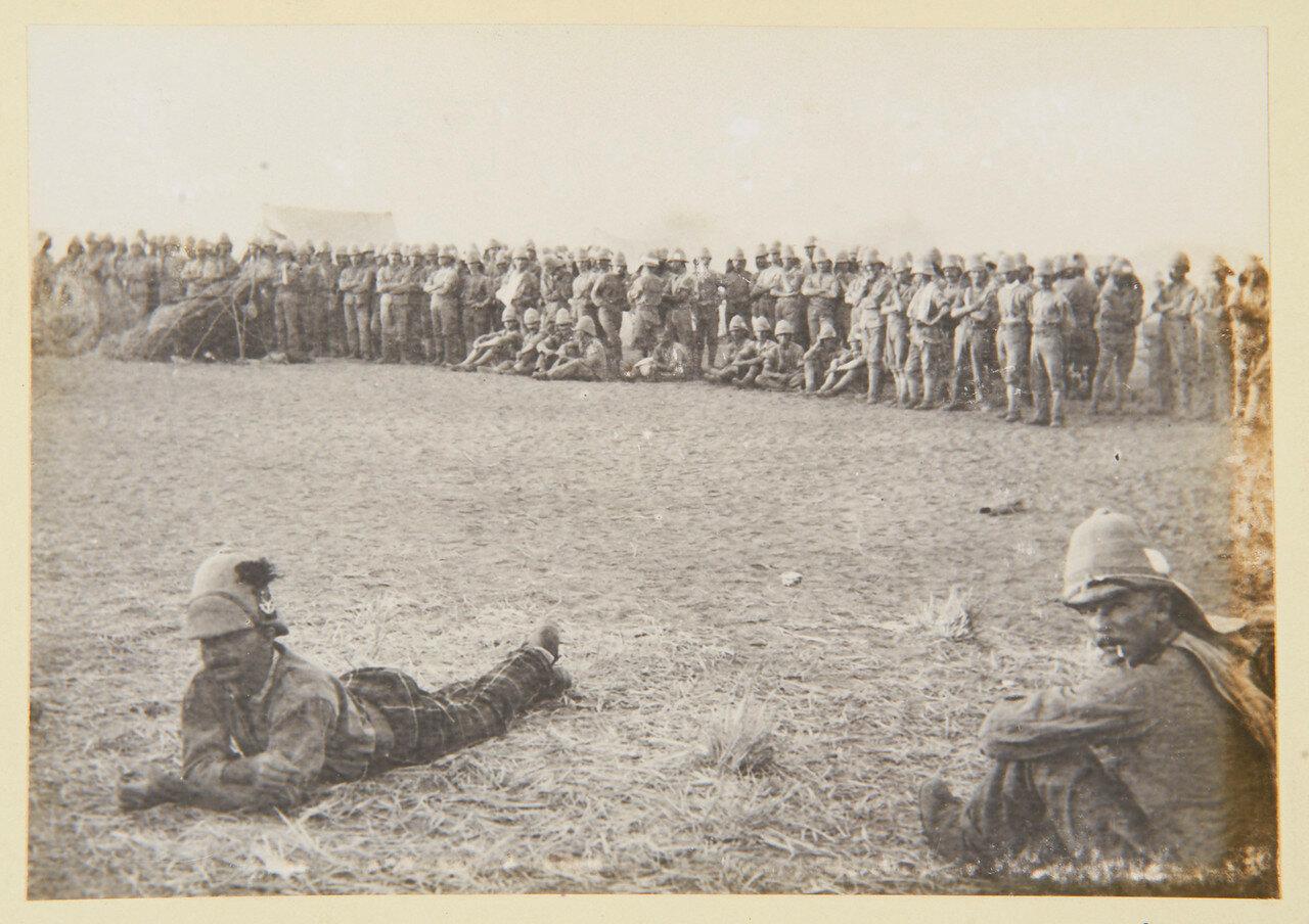 Август 1898. Собравшиеся