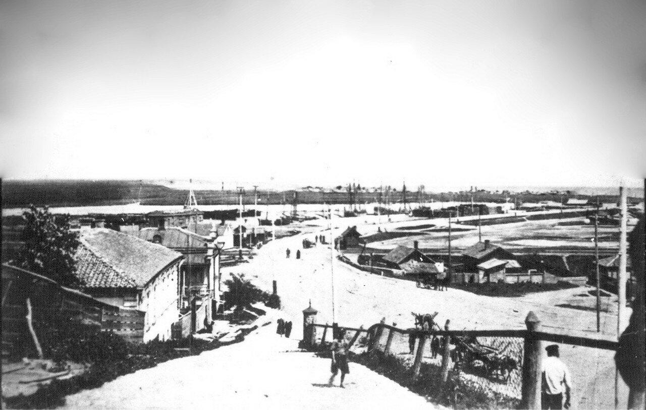 Шоссе и пристани в устье реки Кальтиус. 1915