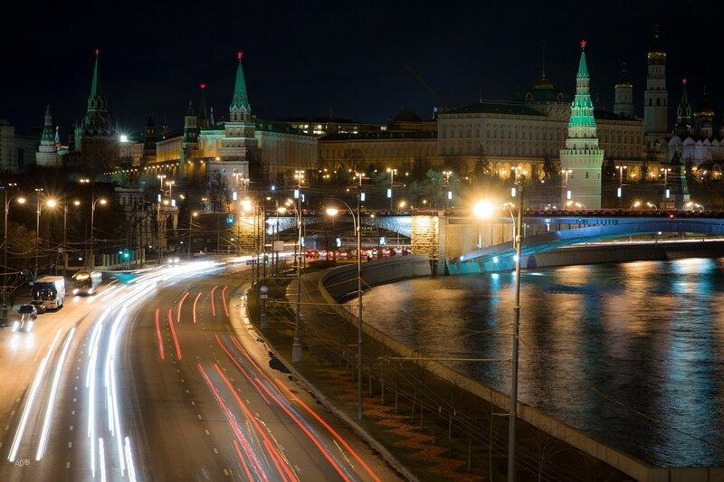Prechistenskaya embankment