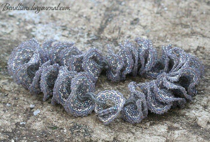 b мозаичное плетение из бисера браслет.