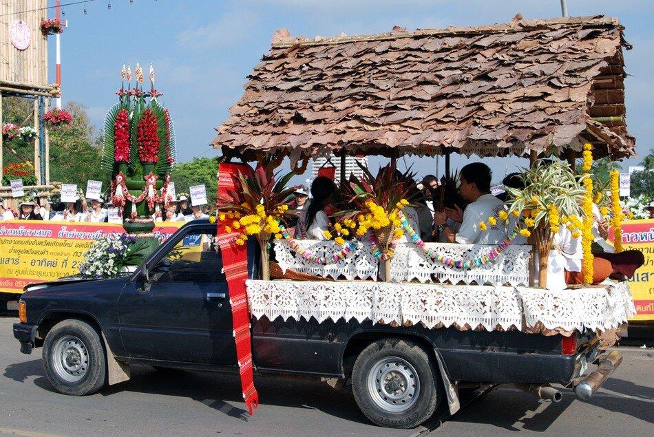 Фестиваль цветов в Тайланде! 0_6d977_8660b7eb_XXL