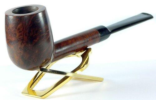 Colonel Henry Fraser Lovat pipe