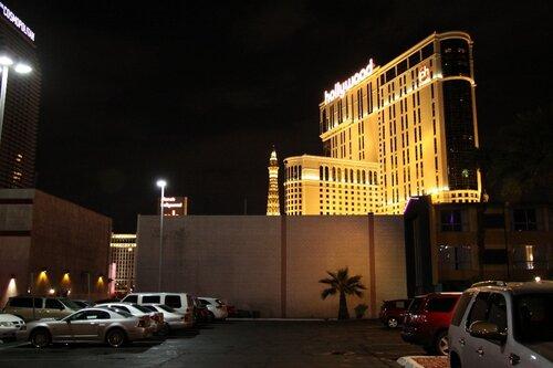 Лас-Вегас, возле гостиницы
