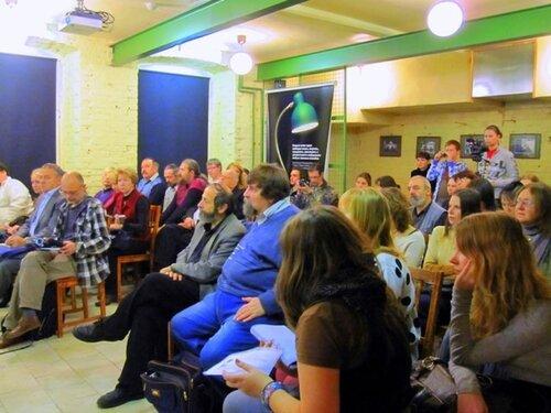Против башни Газпрома на Охте в пресс-клубе «Зеленая лампа»