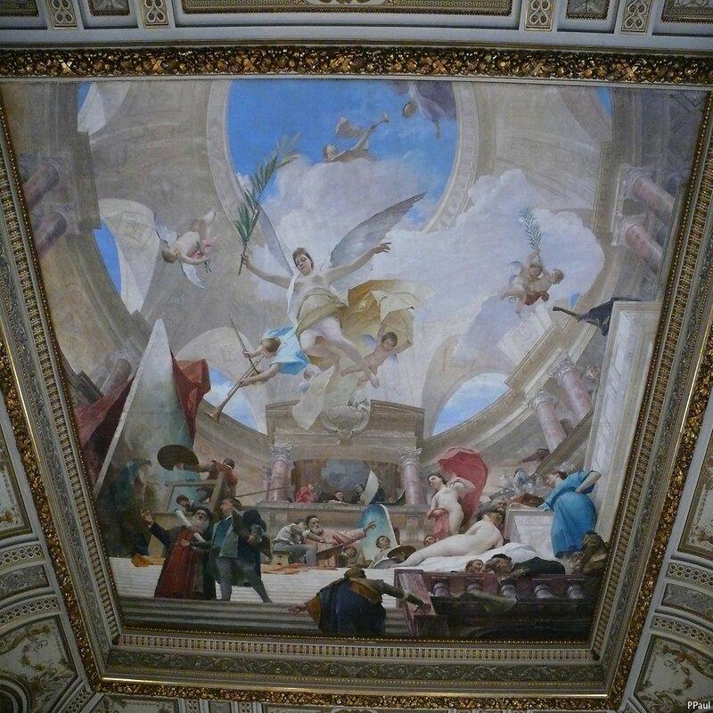 """Интерьеры Музея. """"Апофеоз Ренессанса"""" М. Мункачи на потолке"""