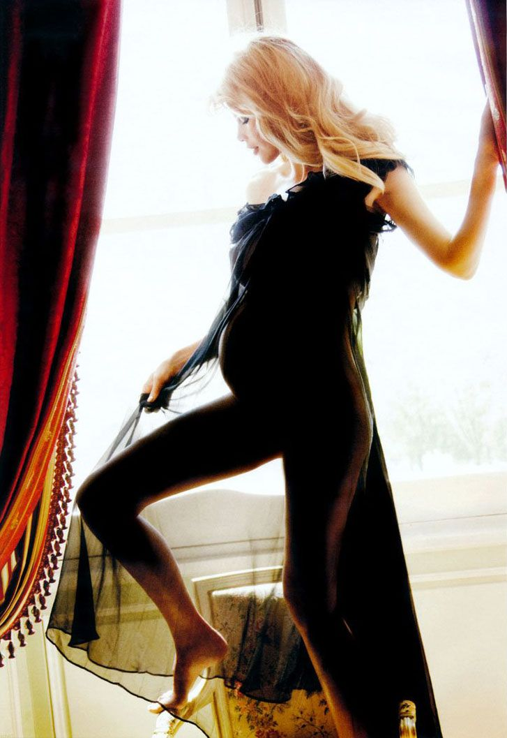 Клаудия Шиффер / Claudia Schiffer by Ellen von Unwerth in Vogue Germany june 2010