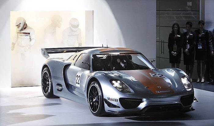 гибридный Porsche 918 RSR в Дейтройте