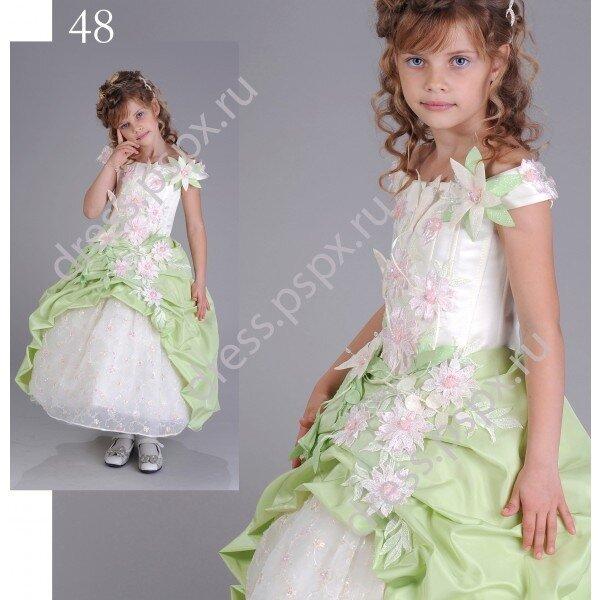 Платье для праздников для детей