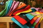 Шапки - колпаки, взрослые и детские (от 5 лет), 800 р; комплект с шарфом = взрослый 2 тыс рублей, детский 1600