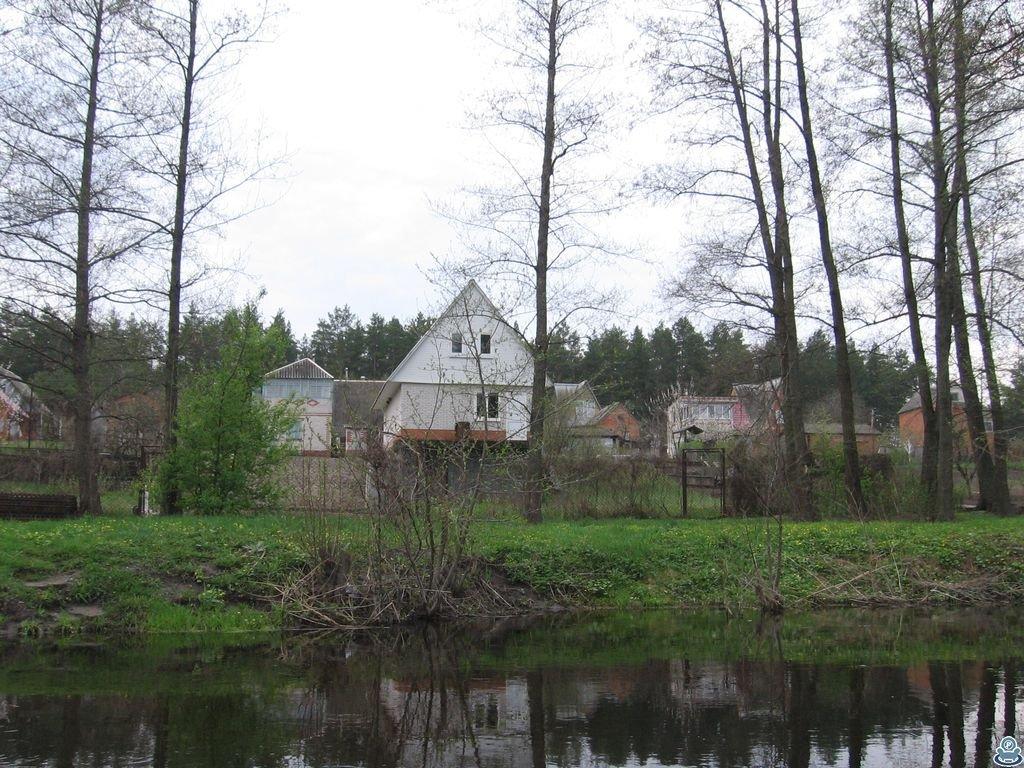 Домики в селе Залужаны