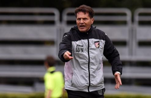 Руководство Палермо уволило 8-го тренера засезон