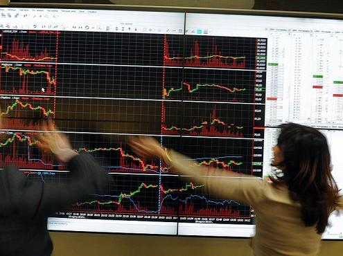Торги четверга наМосковской бирже открылись разнонаправленно