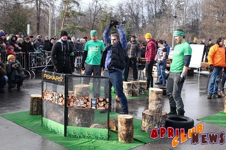 Первый в России чемпионат по колке дров «#КОЛИРУБИ»
