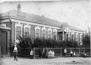 Верхне-Белоомутская библиотека имени Н.П. Огарёва