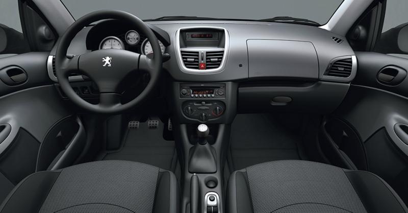 Peugeot_hoogar.jpg