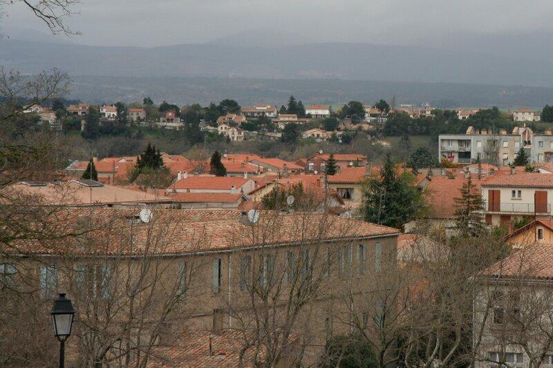 Вид на Нижний город Каркасон