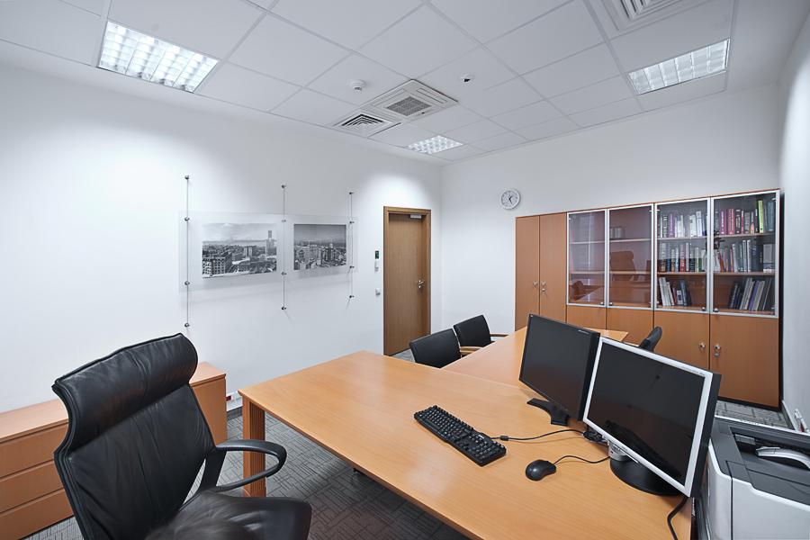 услуги фотографа по фотосъемке кабинетов и офисов.