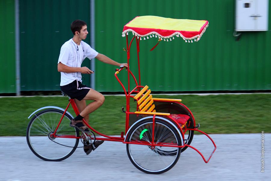 Астраханский велорикша