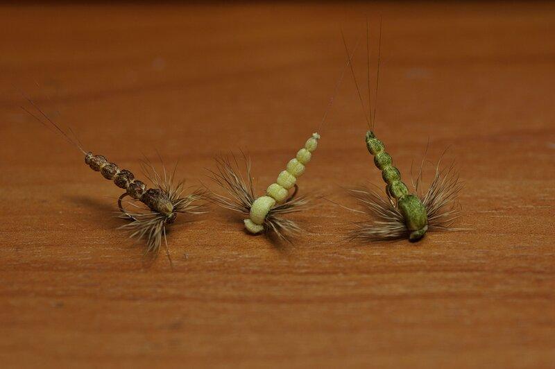Пошаговое вязание мушки ручейник