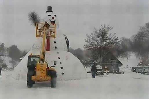 большой снеговик