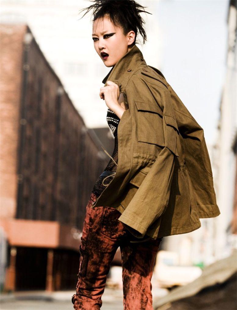 модель Hyoni Kang / Хиони Канг, фотограф Alexander Neumann