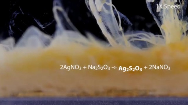 Вся красота химических реакций на видео в высоком качестве