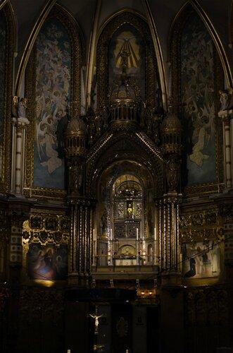 Внутри собора.jpg