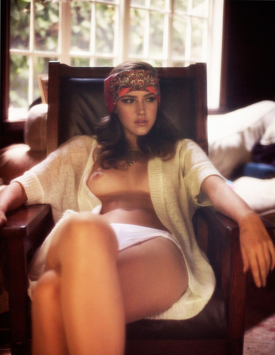 Российская модель Настя Карзан в журнале Cake Magazine