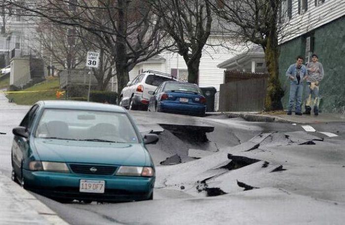0 70291 9ab50e32 orig 60 самых нелепых автомобильных происшествий