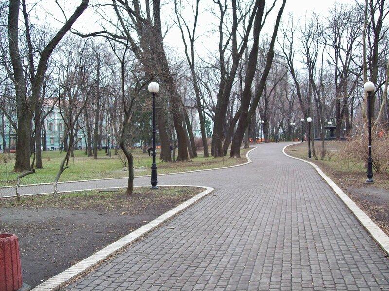 Дорожки Мариинского парка