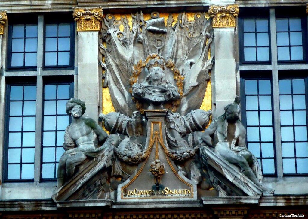 """Дом """"Король Испании"""" - здание гильдии пекарей."""