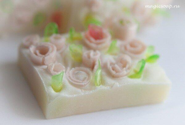 Декорирование мыла из основы и с нуля.