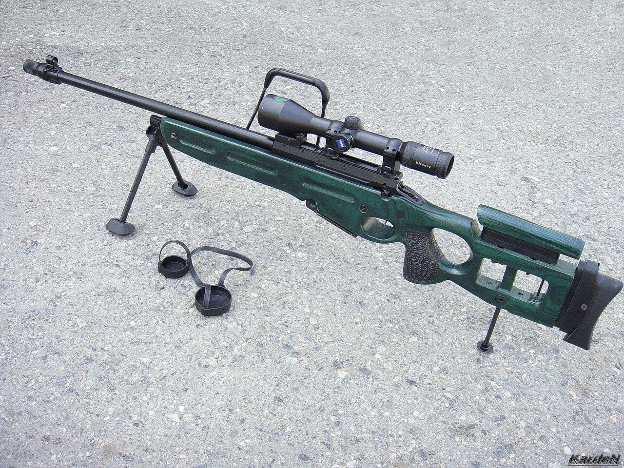 Эпоха стрелкового оружия начинается с появления пращи, прародительницы оружия стрелкового типа.